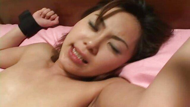 شیرین بوسه در تمام سکی ویدیو سوراخ