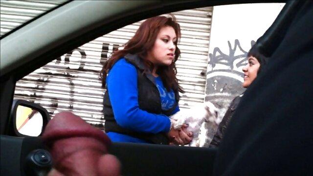 رئیس سارا جی انگشت Fucks ویدیو سوپر سکسی در انجی سیاه و سفید!