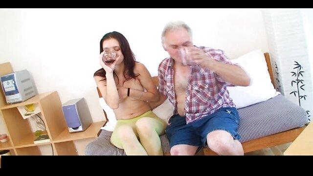 - عکس و ویدیو سکسی فیلم داغ